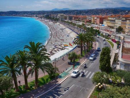 """Nice, """"ville de villégiature d'hiver de la Riviera""""."""