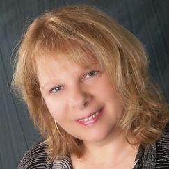 Barbara Zulkiewicz headshot  Cropped-2 c