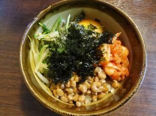 ビビンバ風納豆ご飯