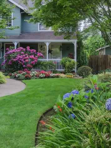 landscaping pic 1.jpg