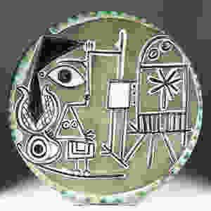 Jacqueline au Chevalet, 1956. Painted ceramic plate. Courtesy Park West Museum