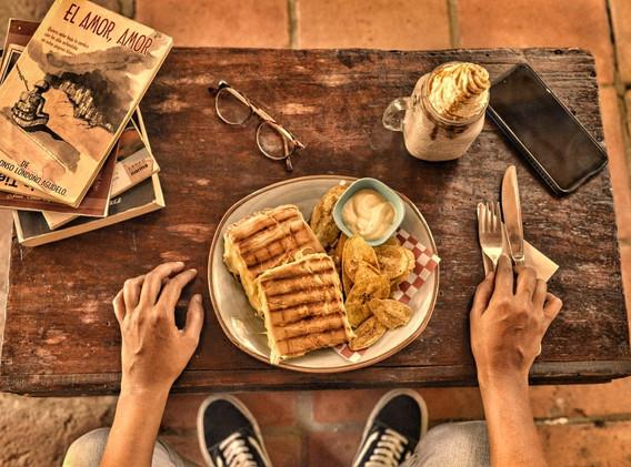 Somos Café Canelo