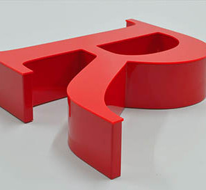 Lettre en relier Rouge