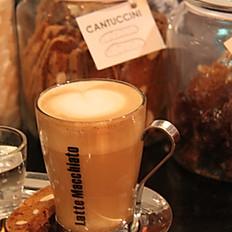 Caffelatte (Espresso with milk)