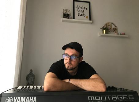 The Keyboard Diaries/Los diarios del teclado - (Chema Alonso Berzosa Column)