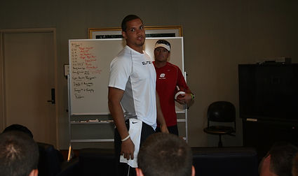 Elite 11 College Counselor Andre Woodson