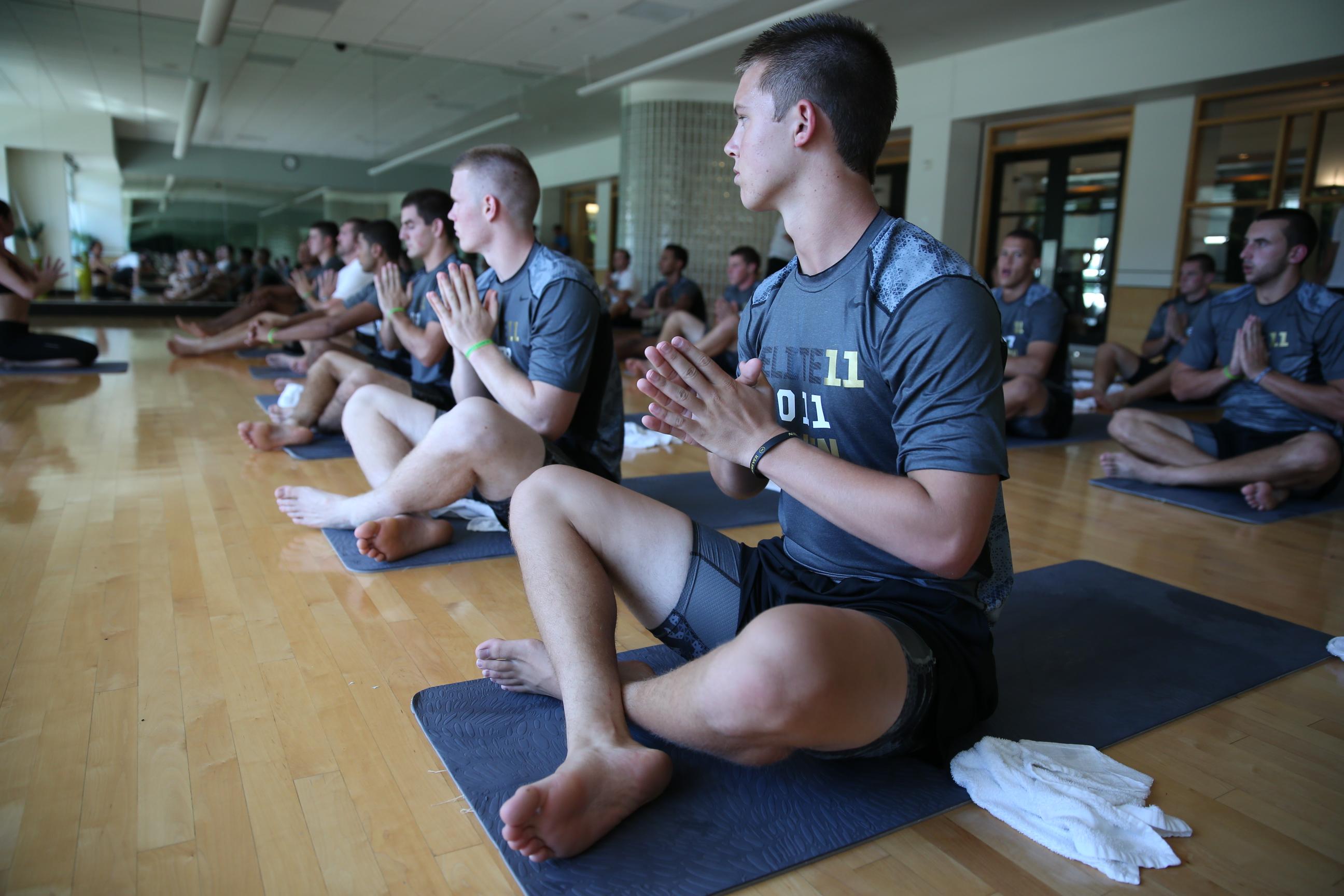 Elite 11 Yoga