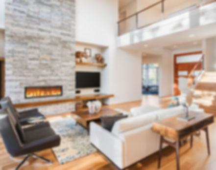 salon moderne avec cheminée contemporaine