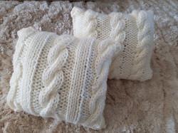 Coussins tricotés
