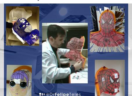 Máscaras pintadas estão ajudando as crianças a passarem pela radioterapia