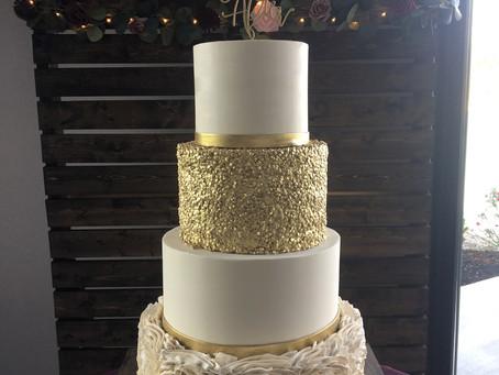 Brilliant Wedding Cakes - 5 Missouri Cake Experts (to Consider for Your Wedding Cake!)