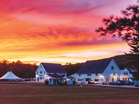 This Gorgeous Maine Lakefront Inn Can Be Your Wedding & Vacation Destination! (New England & Beyond)