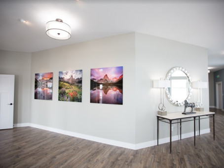 This Modern Idaho Falls Wedding Venue Will Make You Feel Like You're In an Art Gallery!