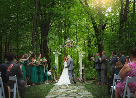 This Historic Country Estate Is One of Southwest Michigan's Most Romantic Wedding Venues