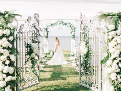 This North Carolina Waterfront Venue is Making Wedding Dreams a Reality - Neuse Breeze (Havelock)