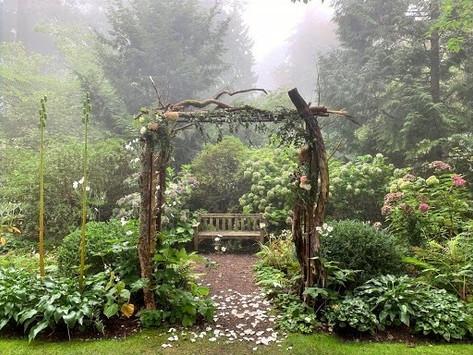 This Historic Garden Venue in Seattle is So Stunning, It's a True Fairy-Tale Wedding Spot!