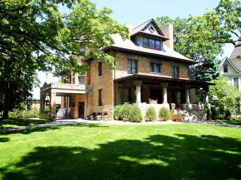 This Historic Minnesota Mansion Knows How to Host the Micro Wedding of Your Dreams- Summit Manor