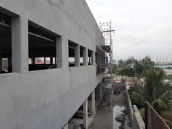 Aplicação de revestimento de fachada