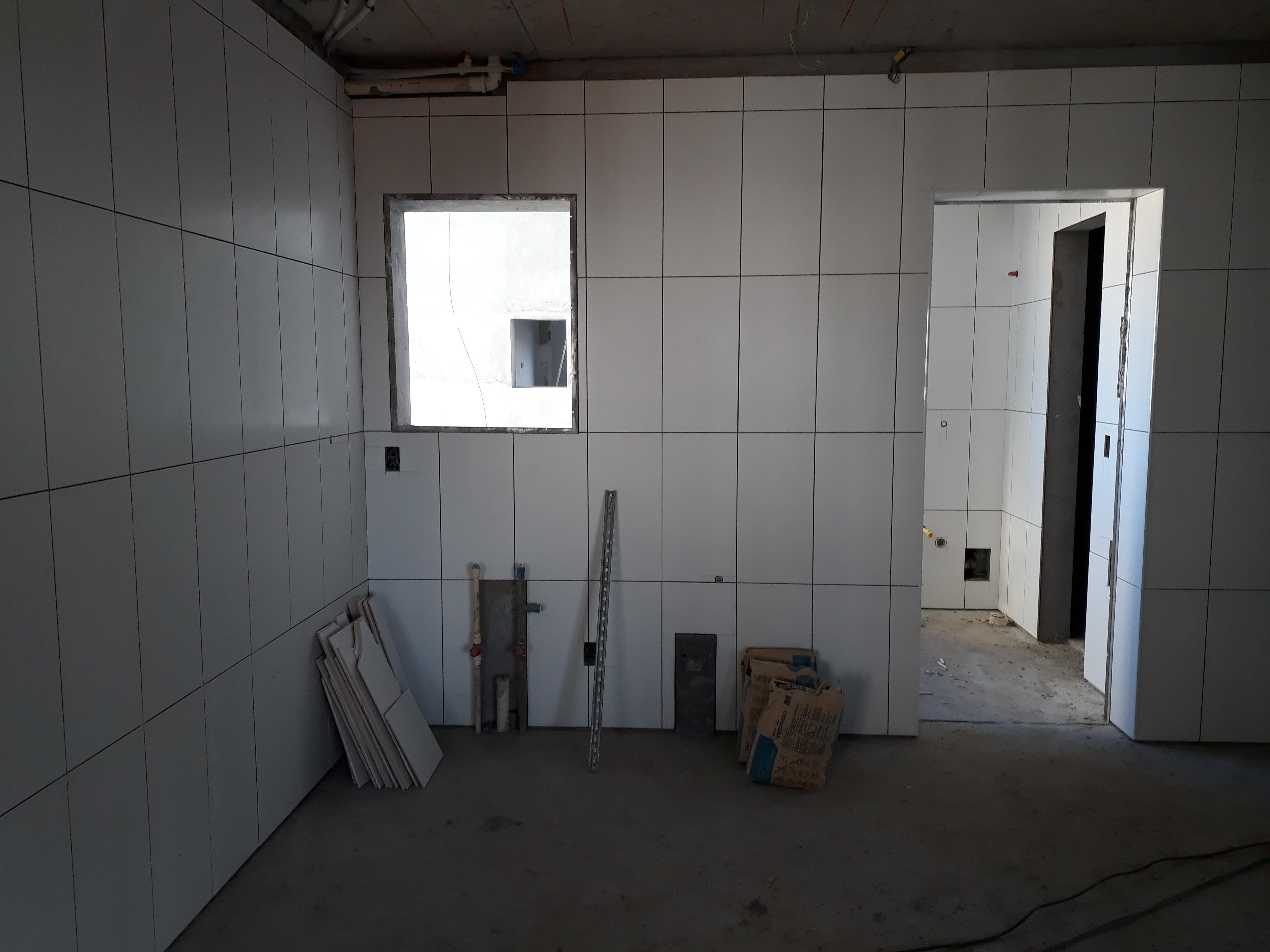 Execução de azulejo 4ºandar