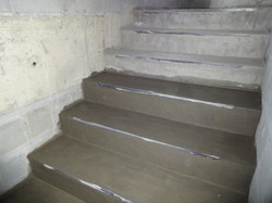 Contrapiso das escadas em execução