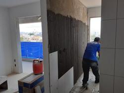 Aplicação de azulejos na cozinha tipo