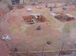 Escavação dos poços de elevadores e tubu