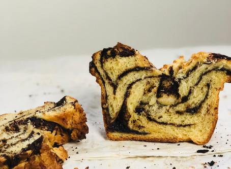 Recipe: Chocolate Sourdough Babka w Streusel de Coco