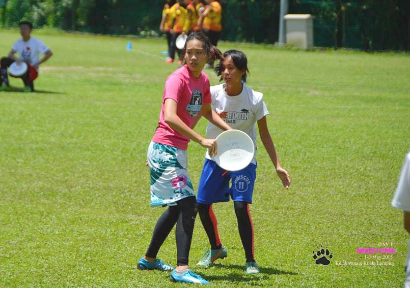 EeHuey on the field, before her injury. Image credit: Sate Ultimate Frisbee