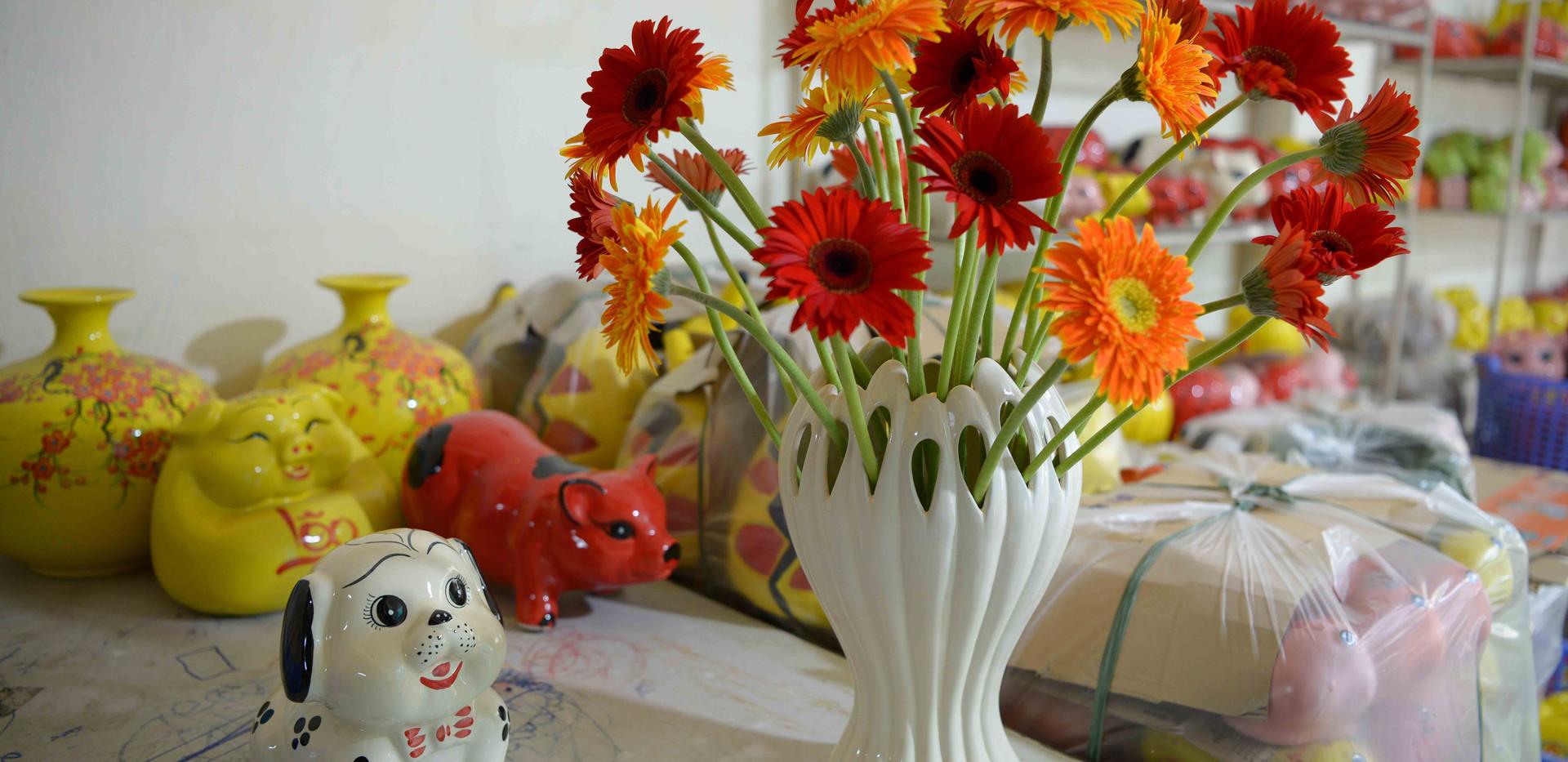lọ hoa bàn tay phật