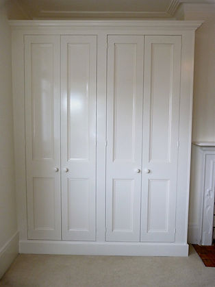built-in 4 door wardrobe