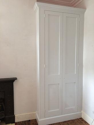 built-in Shaker style two door alcove wardrobe