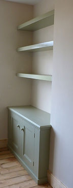 built-in alcove cupboard and floating, chunky shelves