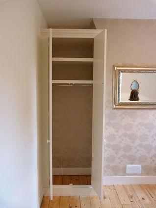 wardrobe interior shelving