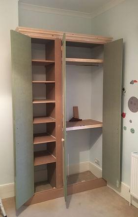 wardrobe interior shelf layout