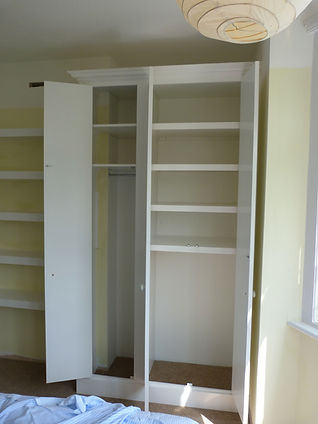 interior wardrobe shelving