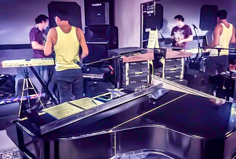 Bohemian-Rhapsody-rehearsal-2.jpg