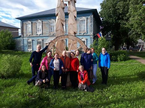 Наши новые друзья с Эстонии покрутили колесо, чтобы обязательно вернуться в Дебесы. А вы уже побывал