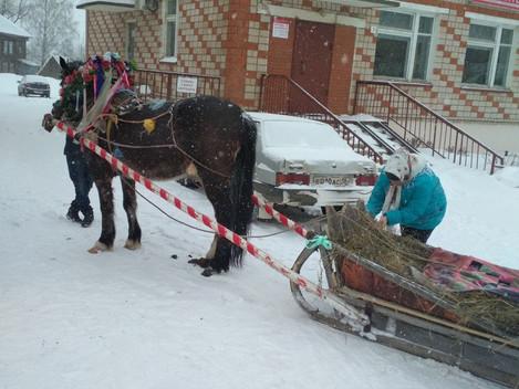 Зиму проводили – весну встретили!  18 марта сотрудники Дебёсского центра культуры и туризма «Сибирск