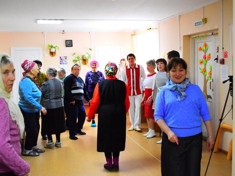 """Центр культуры и туризма """"Сибирский тракт"""" сегодня выезжал в Комплексный центр социального"""