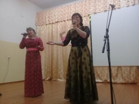 Супер зеч  13 апреля ансамбль народной и эстрадной песни «Шудбур» подарил зрителям д.Уйвай новую кон
