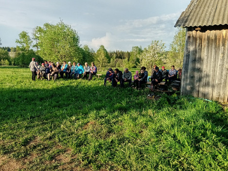 Концерт в деревене Старый Зяногурт