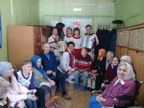 Наполни сердце добром  Весенняя неделя добра – ежегодная общероссийская добровольческая акция. В эти
