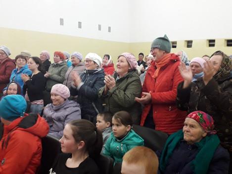 """Отдел нестационарного обслуживания населения ДИМЦКиТ """"Сибирский тракт """" начал поздравлять"""