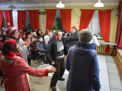 8 февраля ансамбль народной и эстрадной песни «Шудбур» выезжал с новой концертной программой в с. Ал