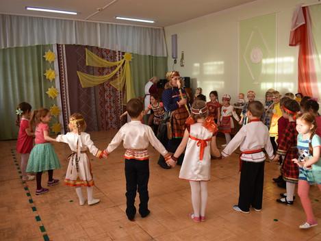 Маленькие Красавицы и Богатыри.  Фестиваль «Пичи Чеберайёс но Батыръёс» проходит в районах и городах