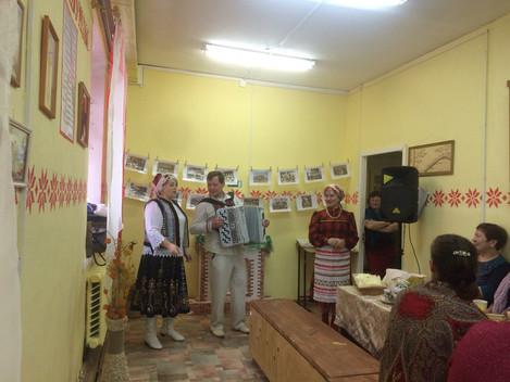 Встреча краеведов Дебёсского района  Сегодня,в предверии Нового года , в выставочном зале «Зарни Шун