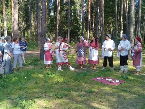 Ну что, мы открыли летний туристический сезон ярко и с интересными обрядами. 9 июля наш район посети