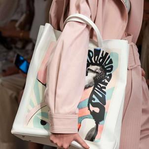 Maxi bolsa com pintura