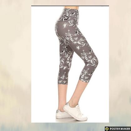Yoga style banded lined floral capri legging
