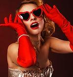 burlesque-4067838_640_edited.jpg